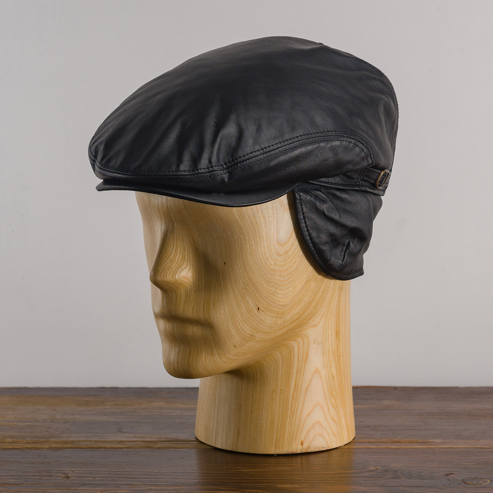 Natural leather flat cap with foldable earflap ivy league ear tabs Gatsby skin hat
